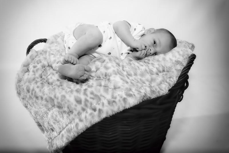 Gemma, Paul & Baby Leo-007