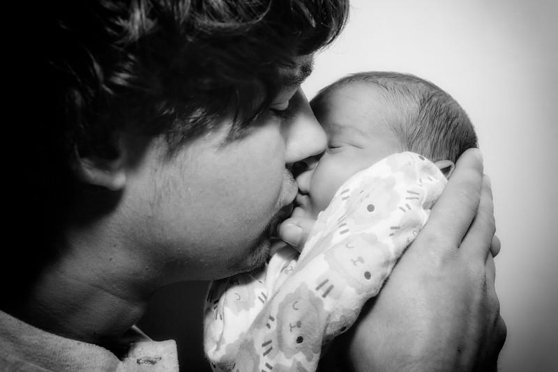 Jessica, Chris & Baby Luca (022)
