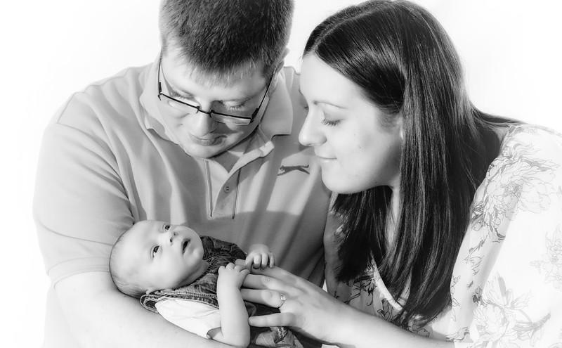 Ashley, Andrew & Baby Ellie 002