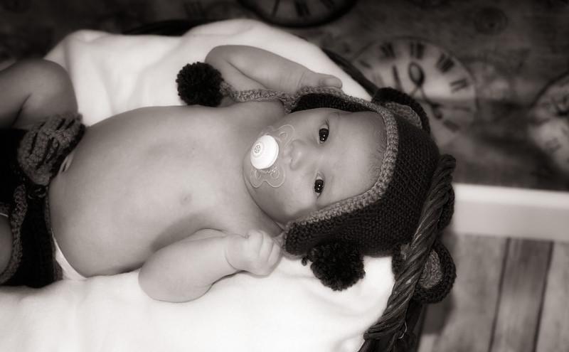Marion, Joe & Baby Oskar 002