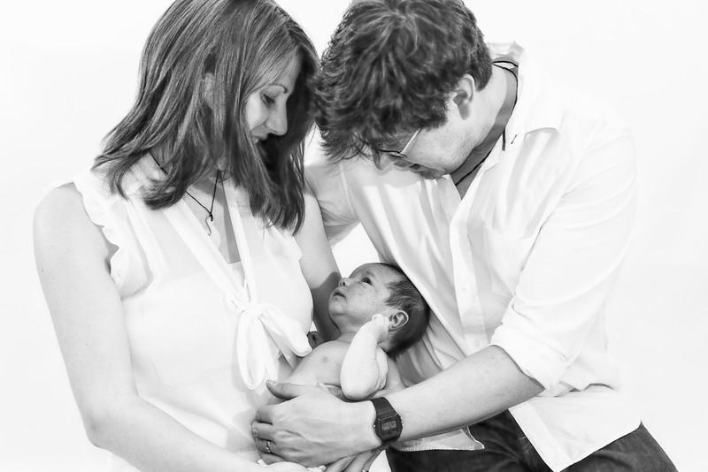 Marion, Joe & Baby Oskar 009