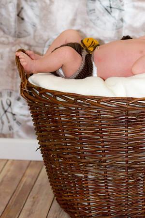 Marion, Joe & Baby Oskar 019