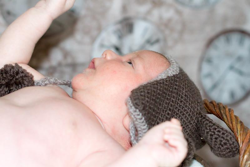 Marion, Joe & Baby Oskar 021