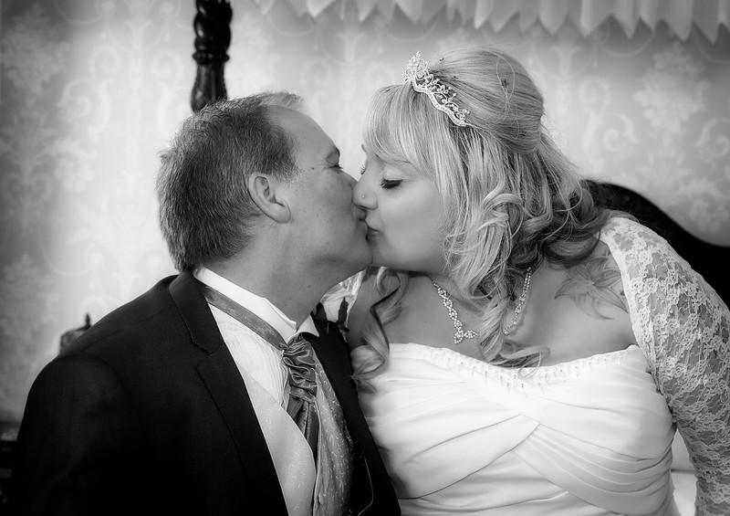 Natasha & Nick Neame - Wedding Photos 068}