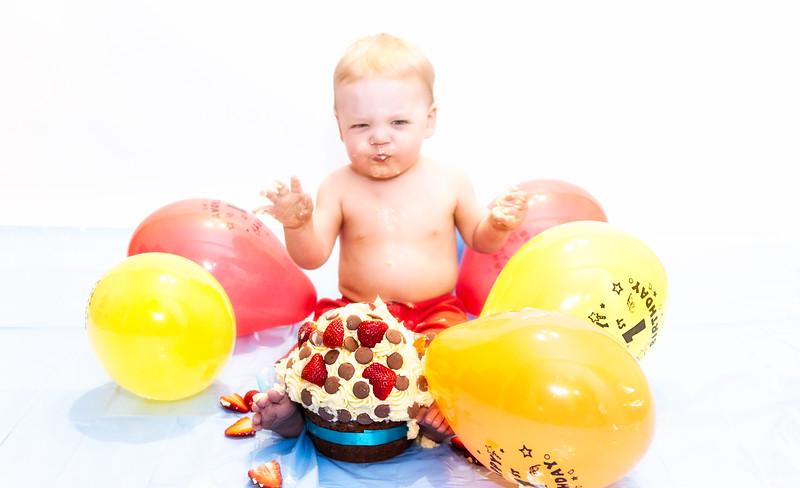 Oliver Cake Smash Photoshoot 009