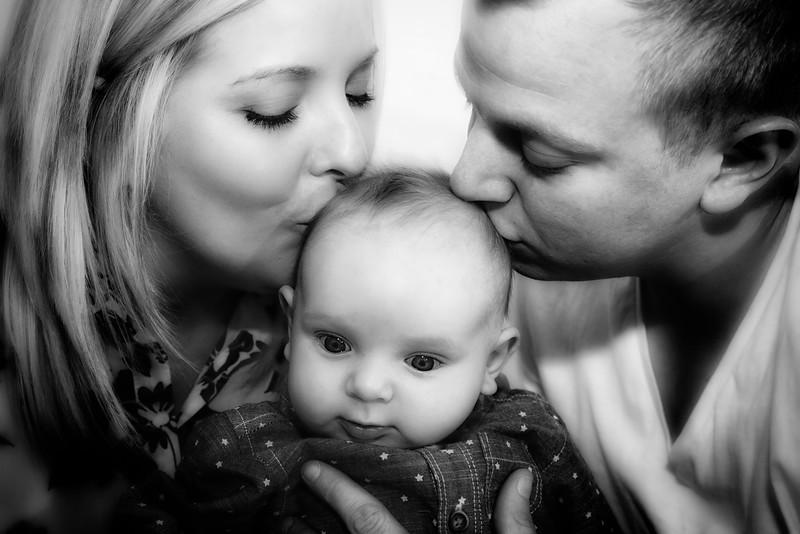 Sophie, Karl & Baby Archie [023]