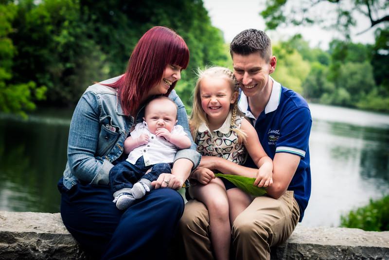 Gemma, Lee, Lauren & Baby RIley 011