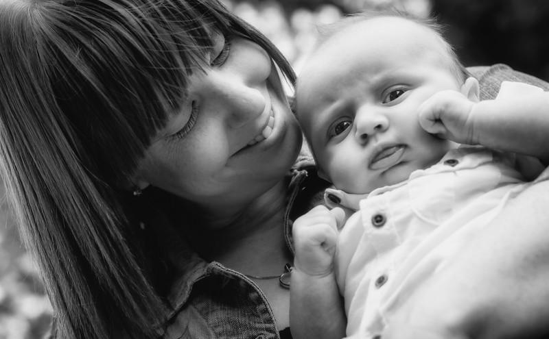 Gemma, Lee, Lauren & Baby RIley 009