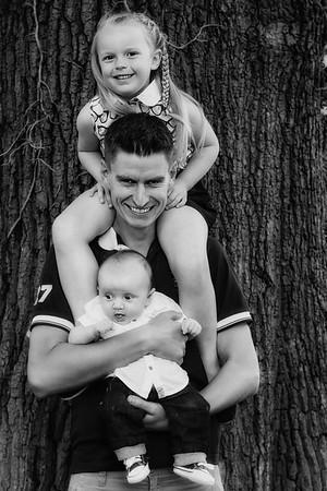 Gemma, Lee, Lauren & Baby RIley 008