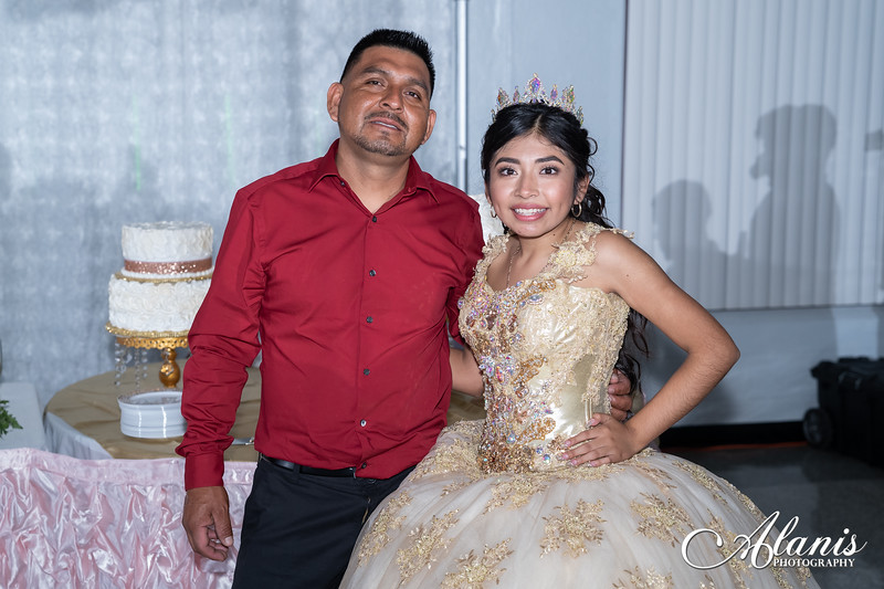 tampa_bay_wedding_quinceanera_photographer_Dalia_PartyDay-349