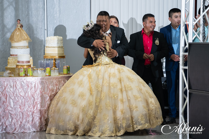 tampa_bay_wedding_quinceanera_photographer_Dalia_PartyDay-285