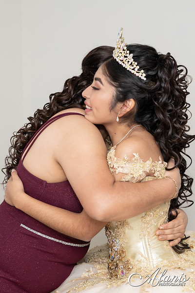 tampa_bay_wedding_quinceanera_photographer_Dalia_PartyDay-26