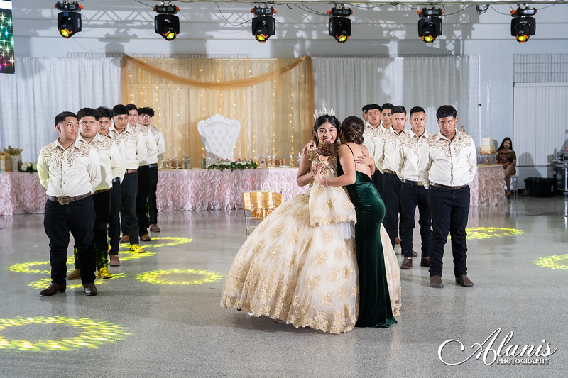 tampa_bay_wedding_quinceanera_photographer_Dalia_PartyDay-226