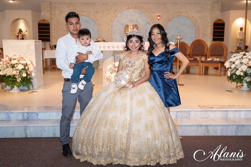 tampa_bay_wedding_quinceanera_photographer_Dalia_PartyDay-126