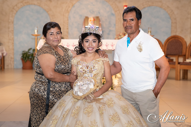tampa_bay_wedding_quinceanera_photographer_Dalia_PartyDay-119