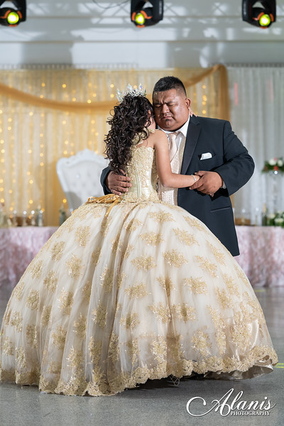 tampa_bay_wedding_quinceanera_photographer_Dalia_PartyDay-242