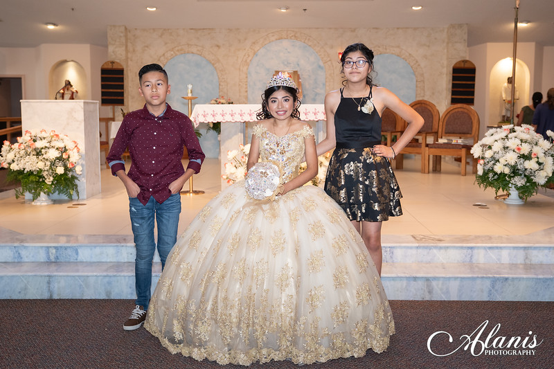 tampa_bay_wedding_quinceanera_photographer_Dalia_PartyDay-123