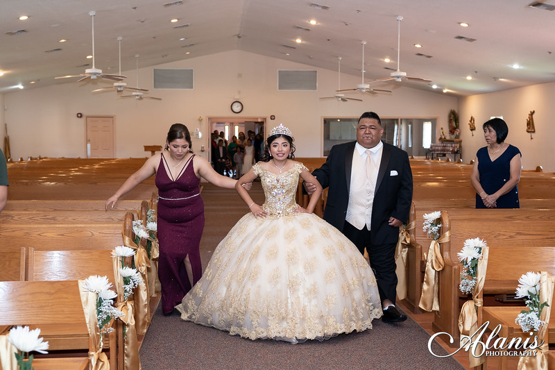 tampa_bay_wedding_quinceanera_photographer_Dalia_PartyDay-50