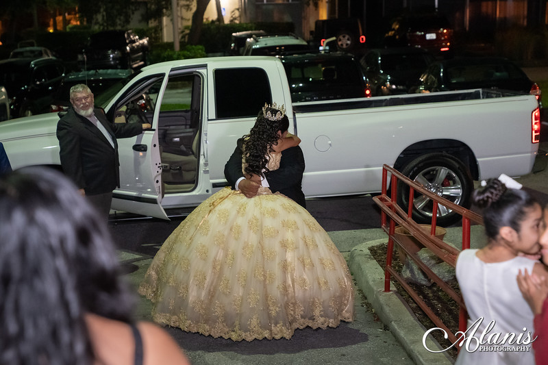 tampa_bay_wedding_quinceanera_photographer_Dalia_PartyDay-294