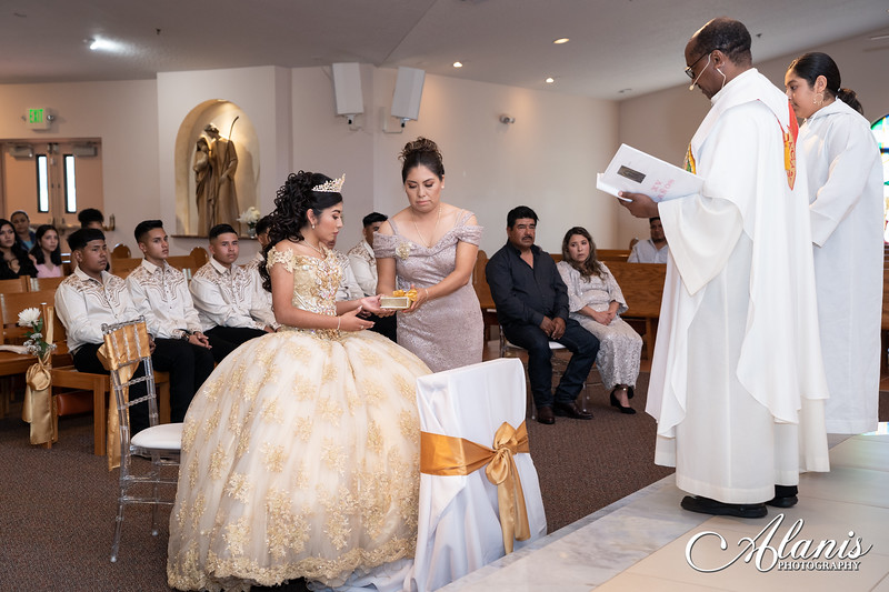 tampa_bay_wedding_quinceanera_photographer_Dalia_PartyDay-74
