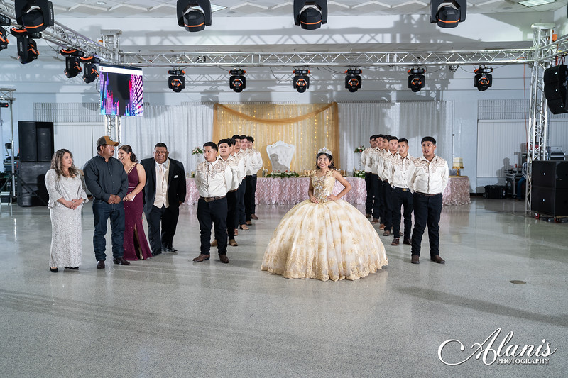 tampa_bay_wedding_quinceanera_photographer_Dalia_PartyDay-192