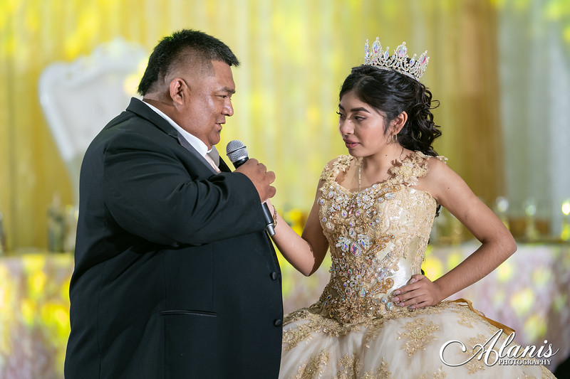 tampa_bay_wedding_quinceanera_photographer_Dalia_PartyDay-249