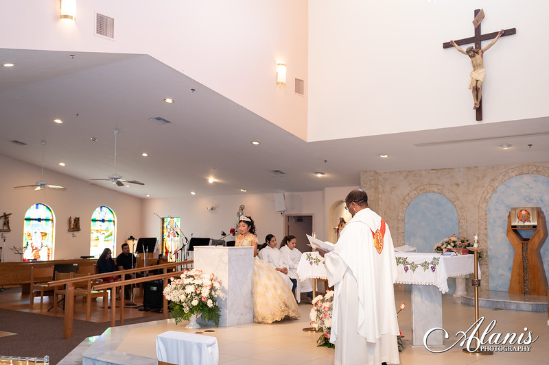 tampa_bay_wedding_quinceanera_photographer_Dalia_PartyDay-69