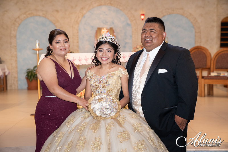 tampa_bay_wedding_quinceanera_photographer_Dalia_PartyDay-105