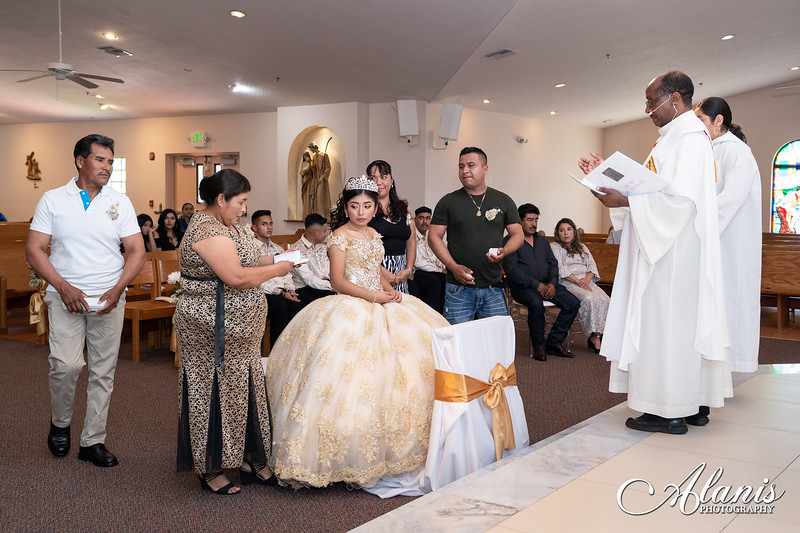 tampa_bay_wedding_quinceanera_photographer_Dalia_PartyDay-76
