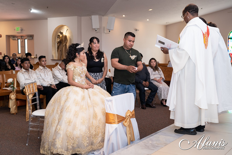 tampa_bay_wedding_quinceanera_photographer_Dalia_PartyDay-75