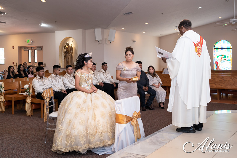 tampa_bay_wedding_quinceanera_photographer_Dalia_PartyDay-72