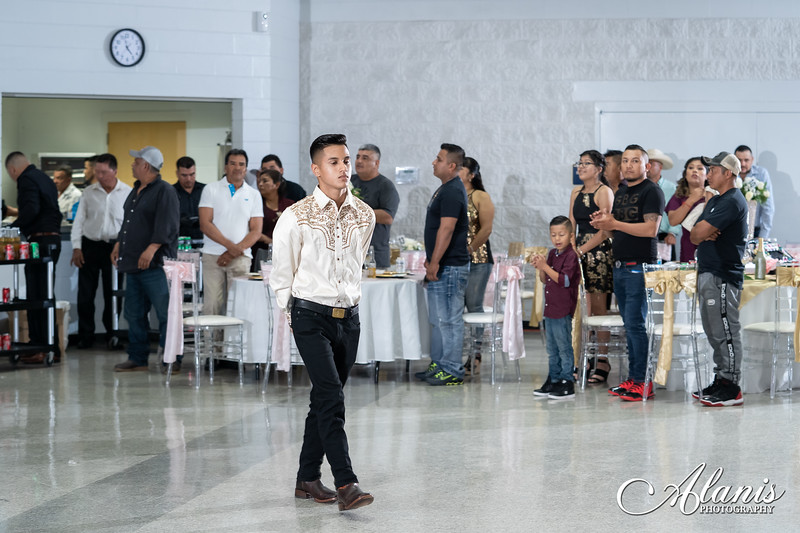 tampa_bay_wedding_quinceanera_photographer_Dalia_PartyDay-185