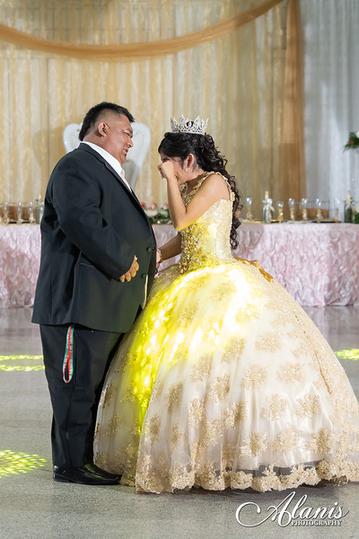 tampa_bay_wedding_quinceanera_photographer_Dalia_PartyDay-243