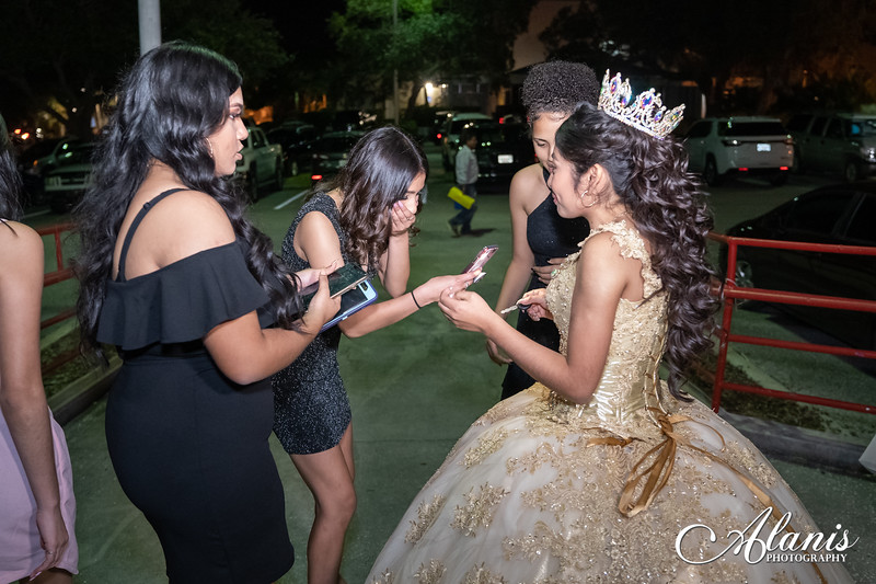 tampa_bay_wedding_quinceanera_photographer_Dalia_PartyDay-288