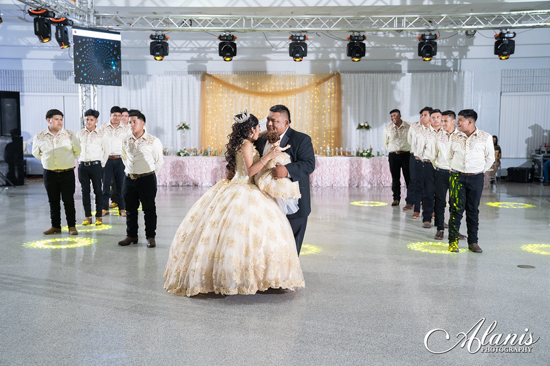 tampa_bay_wedding_quinceanera_photographer_Dalia_PartyDay-233