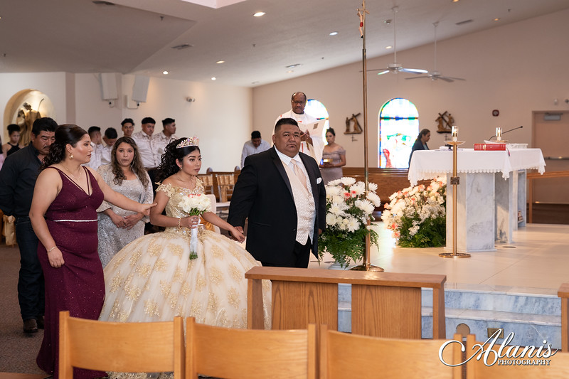 tampa_bay_wedding_quinceanera_photographer_Dalia_PartyDay-81