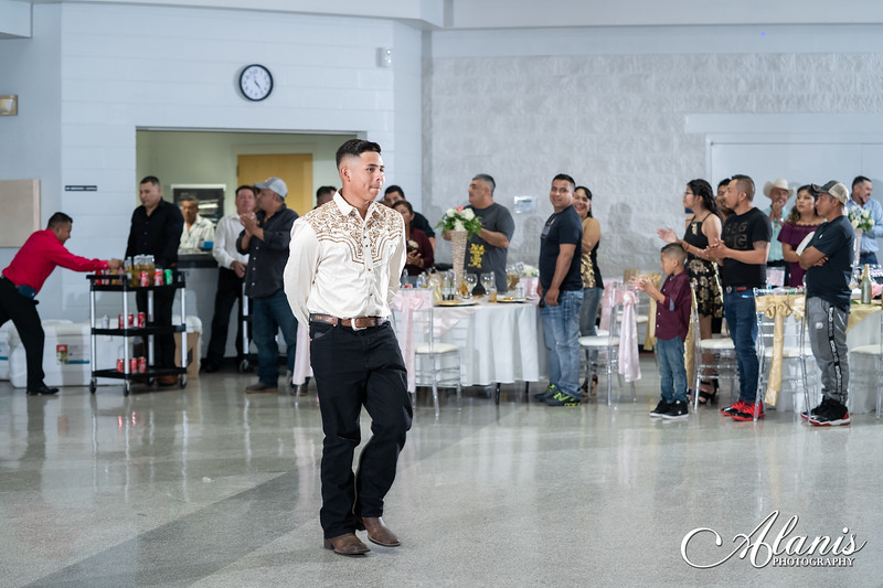 tampa_bay_wedding_quinceanera_photographer_Dalia_PartyDay-186