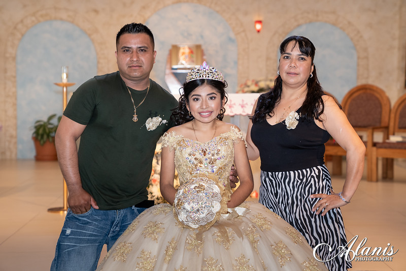 tampa_bay_wedding_quinceanera_photographer_Dalia_PartyDay-121