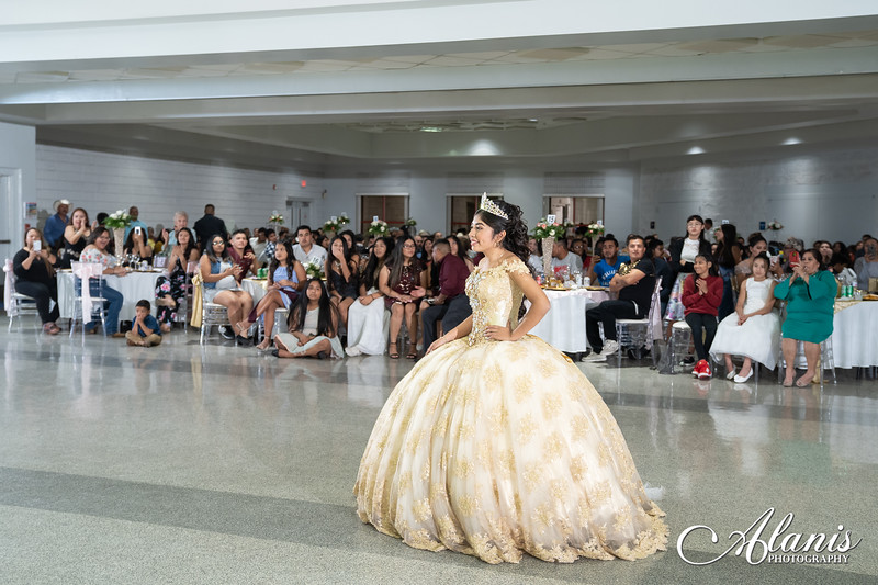 tampa_bay_wedding_quinceanera_photographer_Dalia_PartyDay-203
