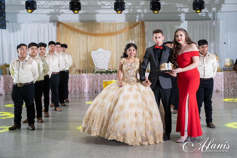 tampa_bay_wedding_quinceanera_photographer_Dalia_PartyDay-224
