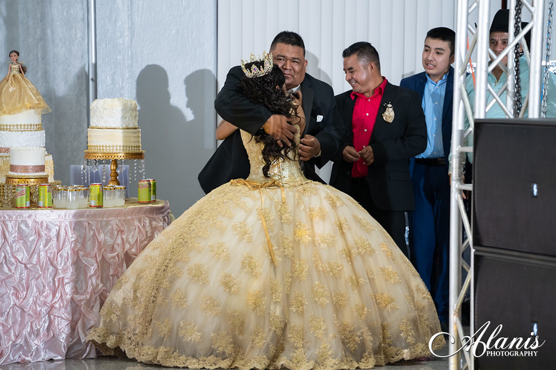 tampa_bay_wedding_quinceanera_photographer_Dalia_PartyDay-284