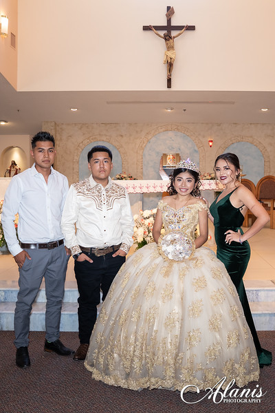 tampa_bay_wedding_quinceanera_photographer_Dalia_PartyDay-109