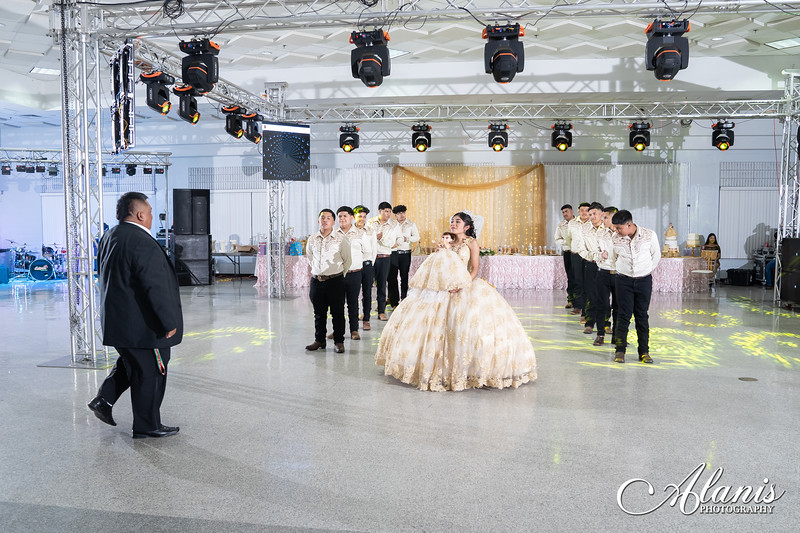 tampa_bay_wedding_quinceanera_photographer_Dalia_PartyDay-232