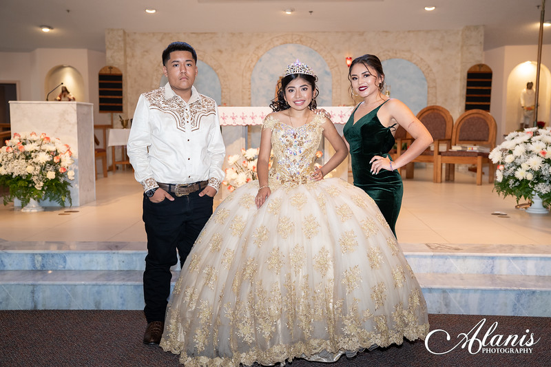tampa_bay_wedding_quinceanera_photographer_Dalia_PartyDay-131