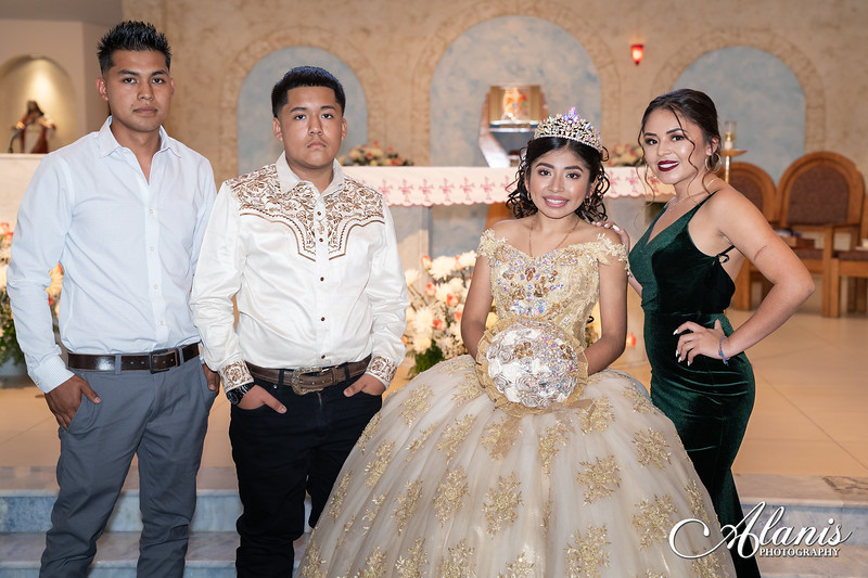 tampa_bay_wedding_quinceanera_photographer_Dalia_PartyDay-110