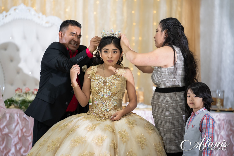tampa_bay_wedding_quinceanera_photographer_Dalia_PartyDay-219