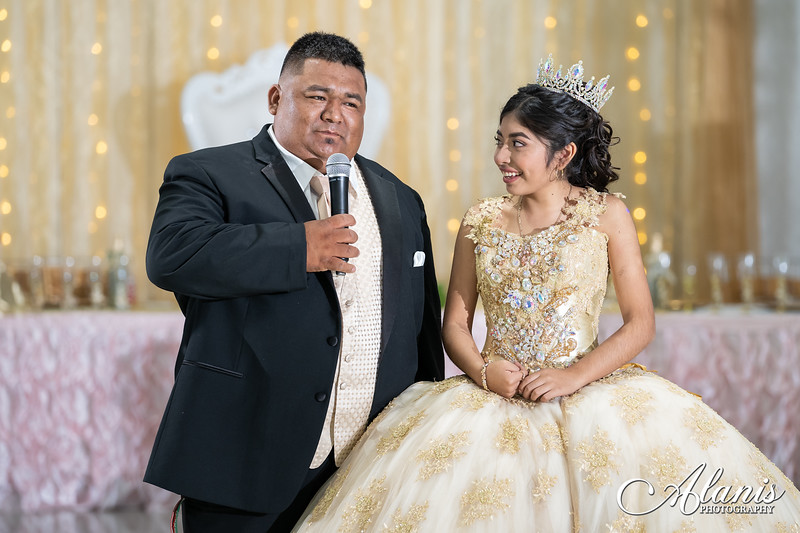tampa_bay_wedding_quinceanera_photographer_Dalia_PartyDay-253
