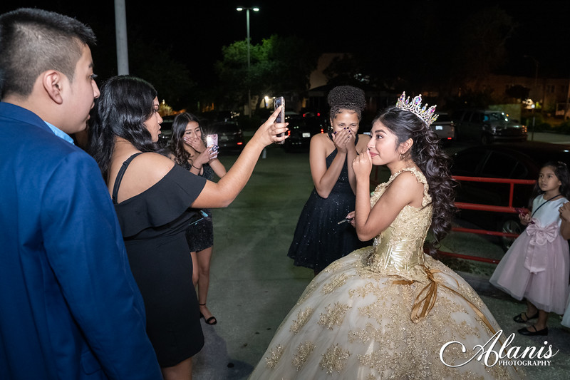 tampa_bay_wedding_quinceanera_photographer_Dalia_PartyDay-289