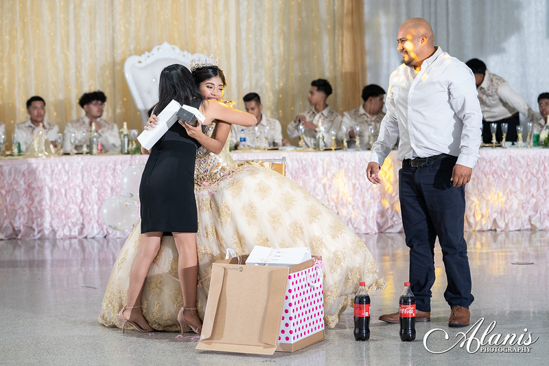 tampa_bay_wedding_quinceanera_photographer_Dalia_PartyDay-276