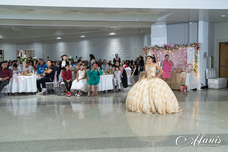 tampa_bay_wedding_quinceanera_photographer_Dalia_PartyDay-202